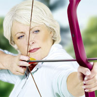 Aktiv und fit bleiben bis ins hohe Alter - dazu gehört auch die Gesundheit der Augen. - Foto: djd/ursapharm