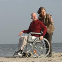 Gemeinsam alt werden …ist oft auch mit Pflege verbunden. Dafür haben Berufstätige das Recht auf eine Auszeit. - Foto: Techniker Krankenkasse