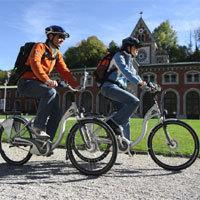 Auch mit dem E-Bike lässt sich die Landschaft rund um Bad Reichenhall und Bayerisch Gmain wunderbar erkunden. - Foto: djd/Bad Reichenhall/Bay. Gmain