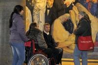 Ein stufenloser Nebeneingang an der Rückseite der Paulskirche sorgt dafür, dass auch Rollstuhlfahrer einfachen Zutritt haben. - Foto: djd/Tourismus+Congress GmbH Frankfurt am Main
