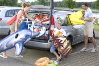 Um die Urlaubskasse nicht über Gebühr zu belasten, sollte bei der Buchung eines Mietwagens auf die Details geachtet werden. - Foto: dmd/ZDK