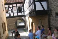 Im Ortskern von Ostheim vor der Rhön ist die mittelalterliche Bebauung bis heute erhalten. - Foto: djd/Tourist-Information Ostheim