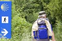 Das Wandern auf Pilgerwegen erfreut sich wachsender Beliebtheit. - Foto: djd/reisen.de/thx