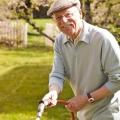 Dank Hausnotruf können Senioren länger unabhängig leben