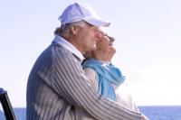 Moderne Senioren wollen einen Urlaub nach Maß, denn mit den Jahren ändern sich auch die Ansprüche ans Reisen. - Foto: djd/Ofa Bamberg/Ocean