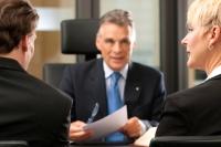 Oftmals ist es sinnvoll, sich von einem Notar bei der Erstellung eines Testaments beraten zu lassen. - Foto: djd/Münchener Verein