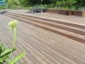 Holz auf Terrasse und Balkon – Was ist zu beachten?