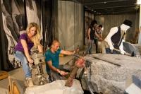 Die Mitmachausstellung im Erlebniszentrum 'Terra Vulcania' zeigt interessante Aspekte der Geschichte des Steinabbaus. Foto: © djd | Vulkanpark | Klaus-Peter Kappest