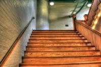 Auf die Treppe, fertig, los! Trainingsgelegenheiten bieten sich überall.   Foto: piyabay.com  © Yinan Chen