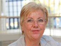 Prof. Christel Bienstein, die Leiterin der Studie und des Departments Pflege-wissenschaft an der UW/H