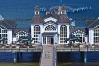 Kulinarisch, kulturell und architektonisch hat Rügen viel zu bieten. Foto: djd | Seepark Sellin