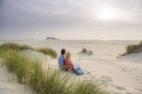 Der Kniepsand wird gerne auch als größte Sandkiste Europas bezeichnet. Foto: djd | Amrum Touristik