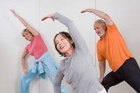 Gezieltes Training stärkt das Muskelskelett und stützt damit die Wirbelsäule. Foto: djd | doc Schmerzgel/ImageSource