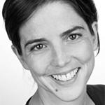 Die Ärztin Dr. Jutta Beier erklärt die Mehrfachwirkung verschiedener ätherischer Öle. Foto: djd | GeloMyrtol
