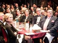 Franz Wagner (vorne r.) bei der Verleihung des Deutschen Pflegepreises 2017 in Berlin. Foto: djd | Deutscher Pflegepreis