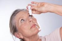 Neuartige Tränenersatzmittel unterstützen und stabilisieren alle drei Schichten des Tränenfilms. Foto: djd | www.santen.eu