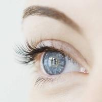 Der Tränenfilm ist für die Gesundheit und die Funktion des Auges enorm wichtig. Foto: djd | www.santen.eu | Liam Norris-GettyImages