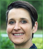 Jeannine Frenzel, Quality Manager bei Continental Foods Lübeck, Marke Erasco. | Foto: djd/www.erasco.de