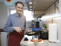 Als Ergänzung zu kleinen Mahlzeiten liefert Trinknahrung alle wichtigen Nährstoffe in konzentrierter Form. Foo: Martina Diemand | vor-ort-foto.de